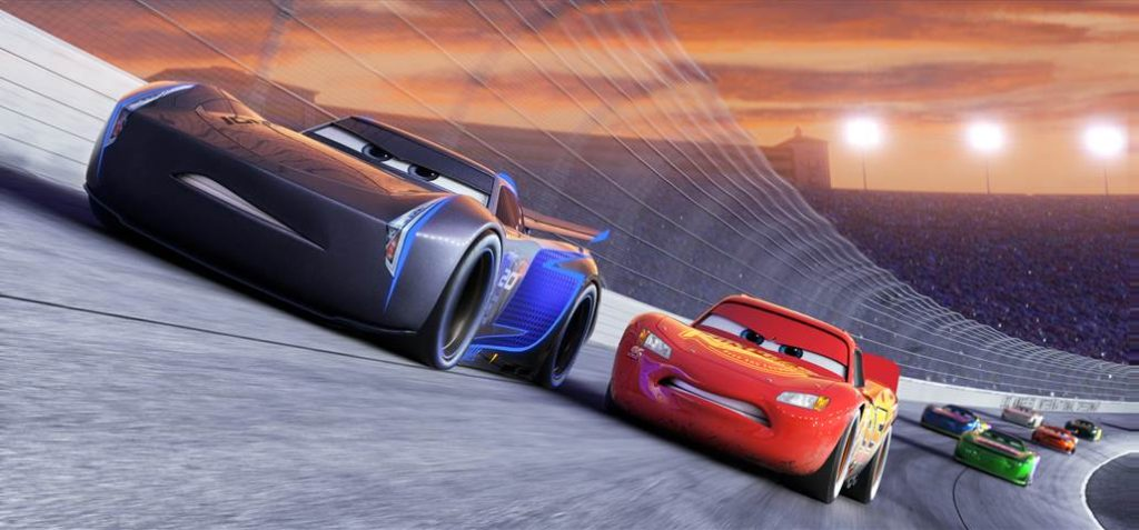 Cars 3 - Jackson Storm and Lightning McQueen racing