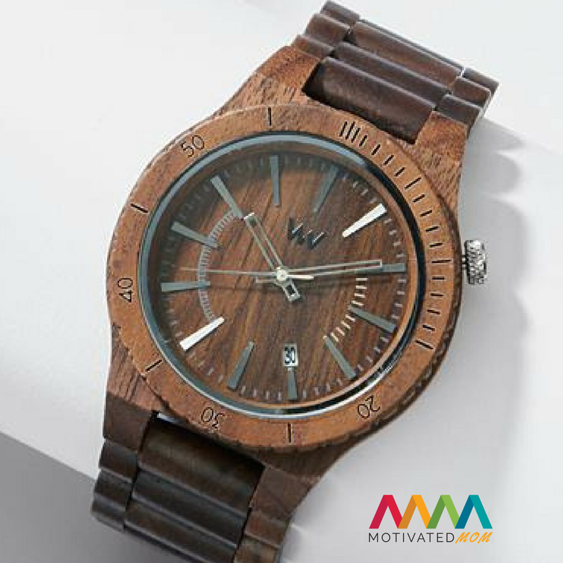 wooden-watch-for-Christmas-list